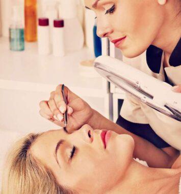 Øjenbryn og vippe behandling