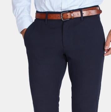 Blå herrebukser med brunt læderbælte - julegave til ham