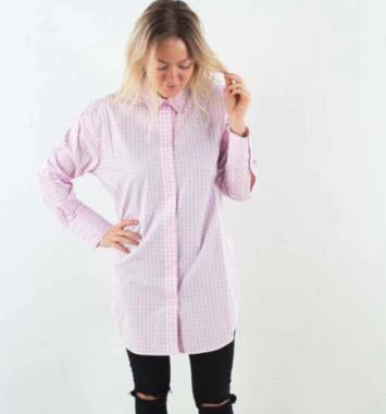 SMart og moderne kjole til hende i lyserød