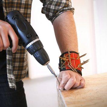 Magentisk armbånd til skruer