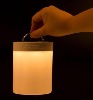 Trådløs bluetooth højtaler med lampe