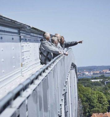mennesker på lillebæltsbroen